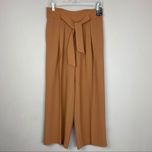 NY&Co cropped wide legged pants size small.
